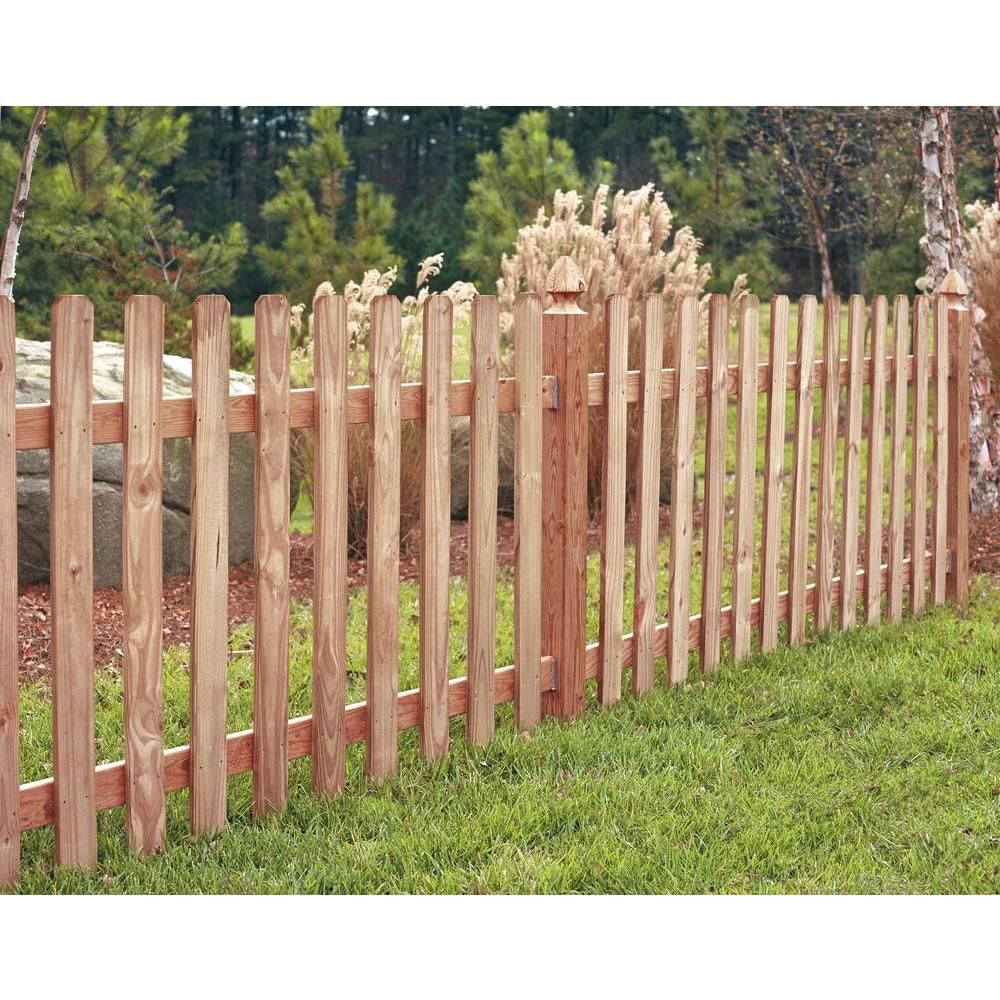 Outdoor Essentials 4 In X 4 In X 5 Ft Western Red Cedar French Gothic Fence Post 2 Pack Outdoor Essentials Western Red Cedar Front Yard Landscaping Design