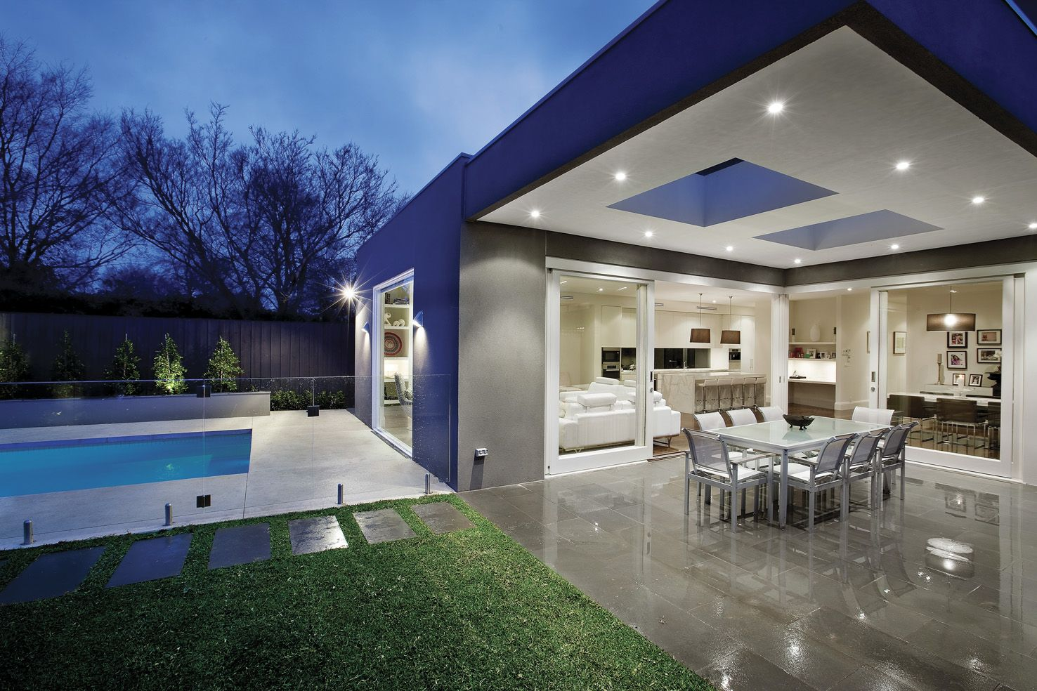 exterior-modern-look-of-entertaining-area-with-pool-and ... on Indoor Outdoor Entertaining Areas id=37742