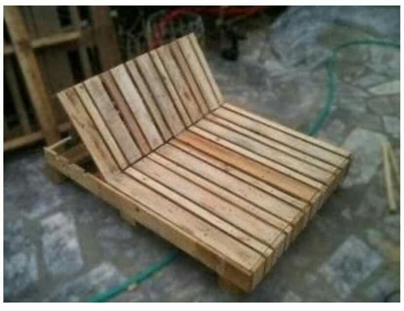 Cama hecha de tarimas maderas pinterest tarimas for Tarimas de madera para cama
