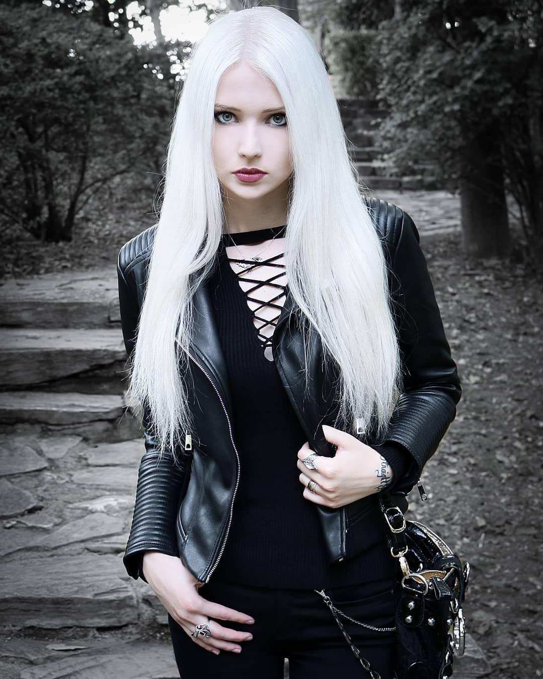 Gothic Goth Girl Fashion: Pin On Boss Girls