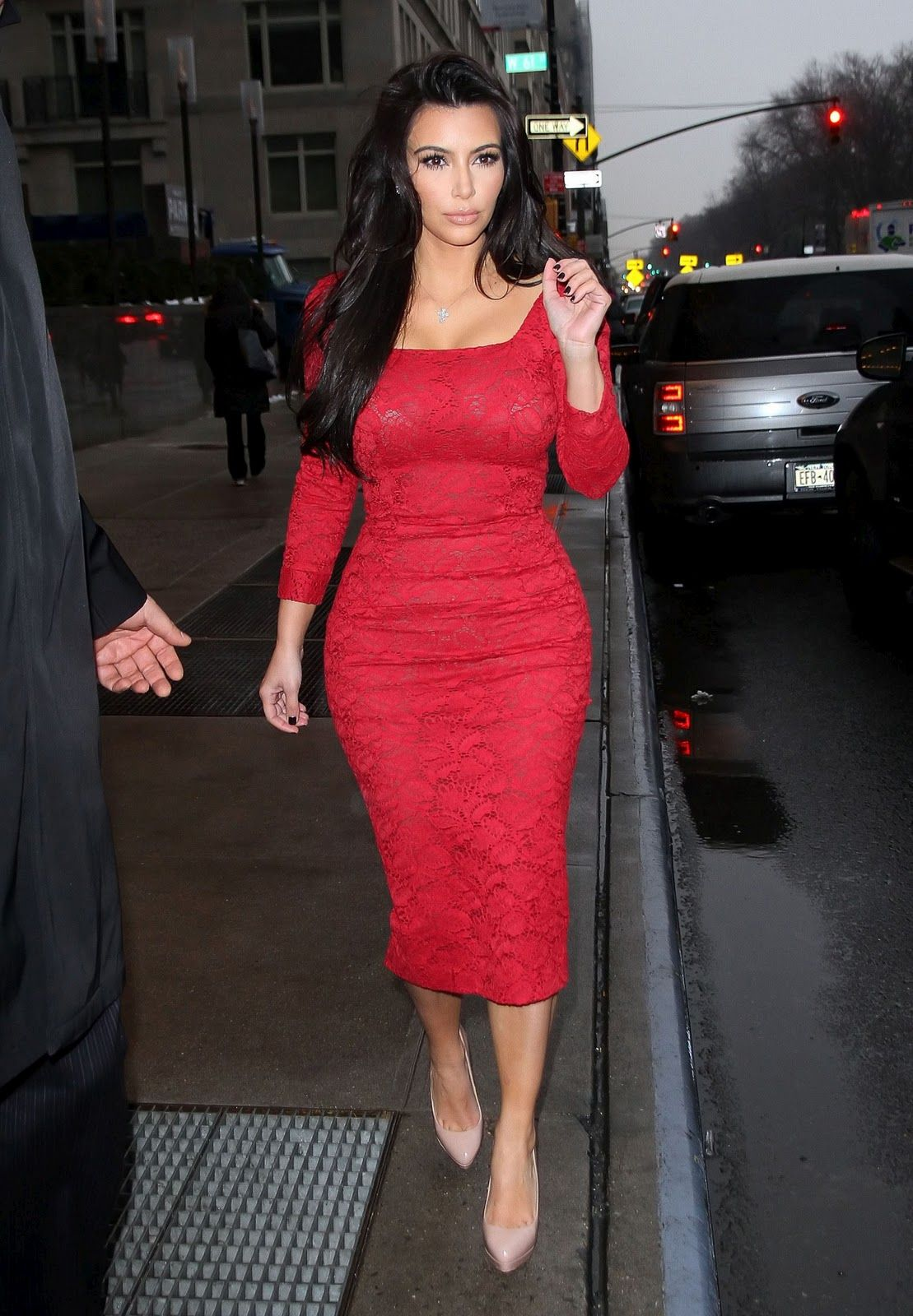 kim-kardashian-photoshoot-2012-2