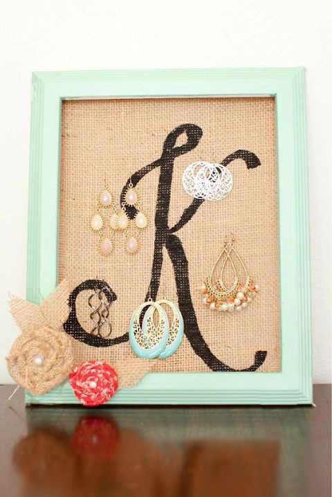 Photo of 50+ DIY Jewelry Display Crafts – Burlap Photo Frame DIY Jewelry Event …