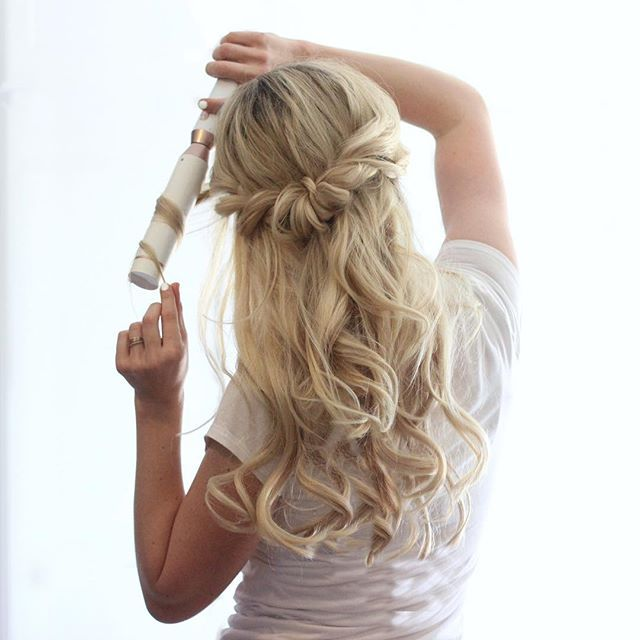 Soft Romantic Curls In A Half Up Style: New Tutorial For This Romantic Half Up Style And Curls Are