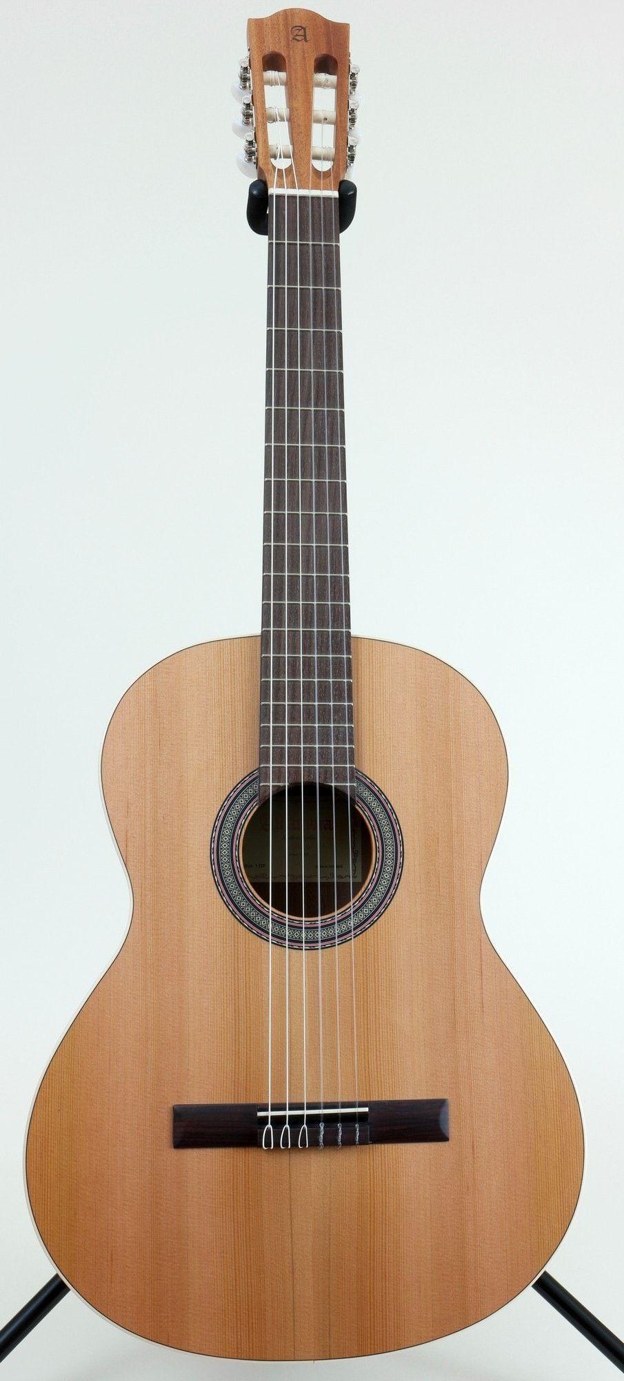 Alhambra 1op Classical Guitar Classical Guitar Classic Guitar Guitar