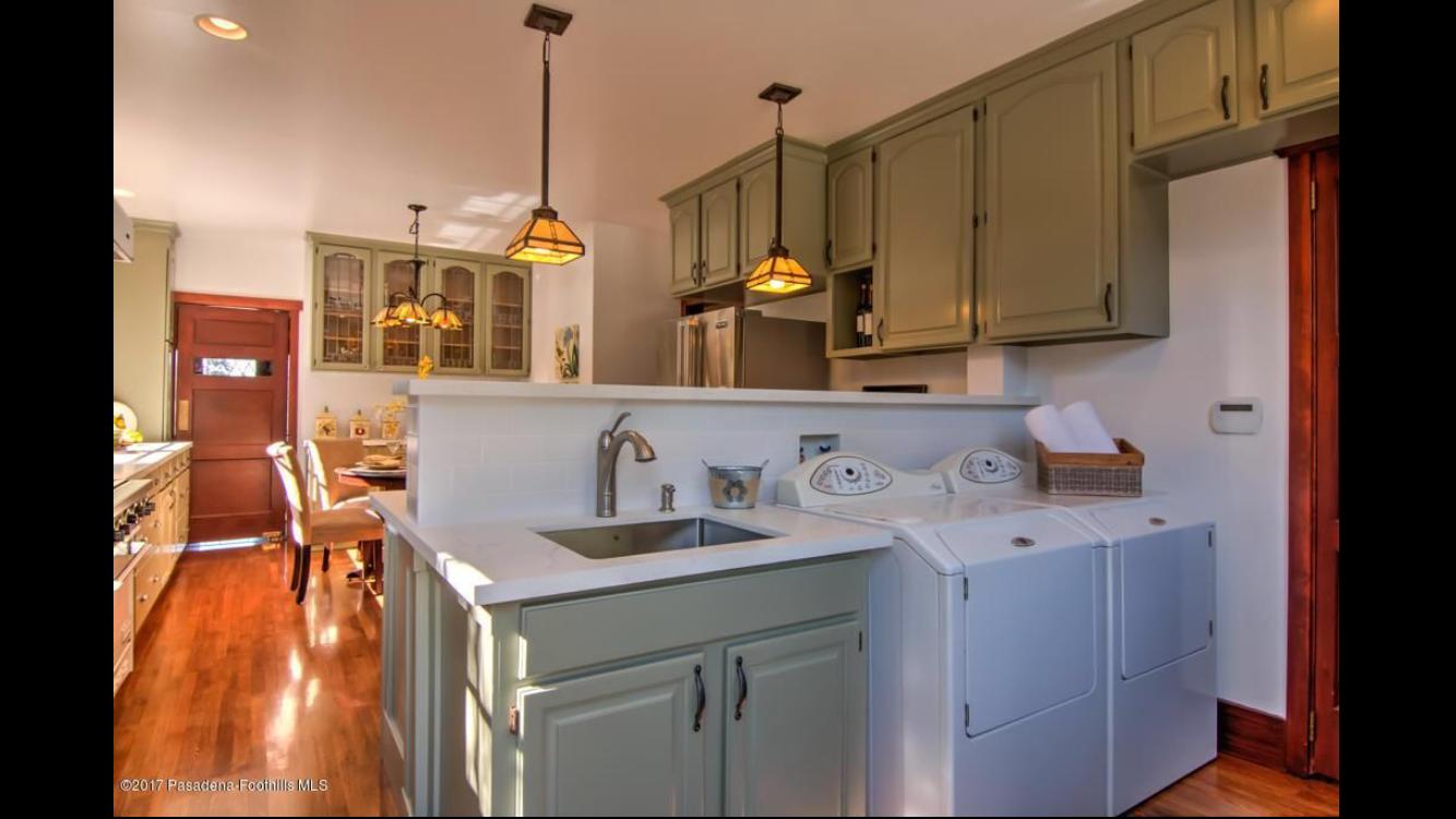 Pin By Brenda Escobar On 1457 Casa Grande St Pasadena Ca 91104 Kitchen Cabinets Kitchen Home Decor