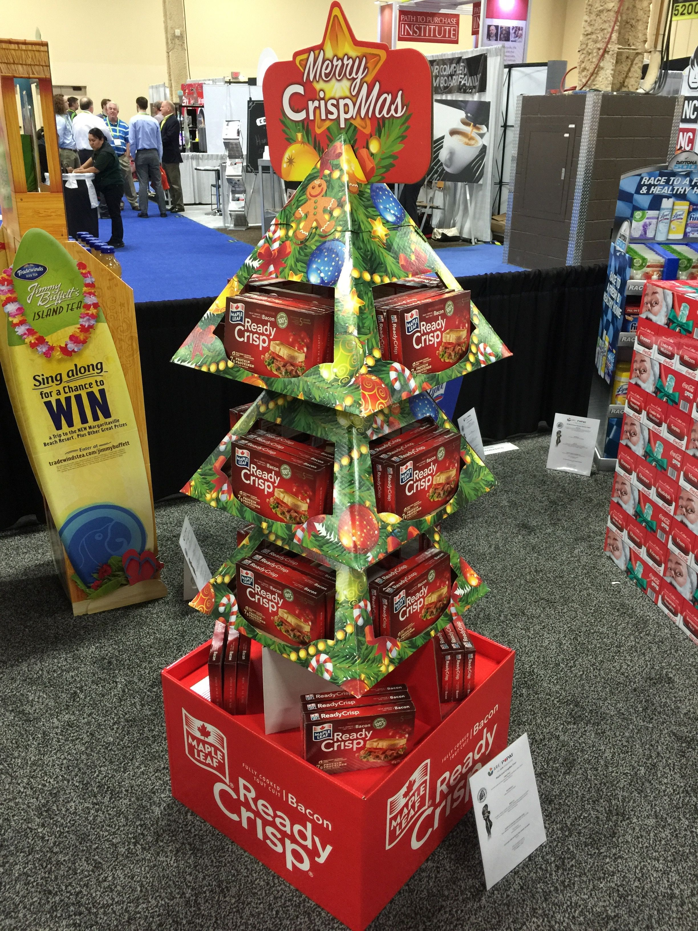 Pin By Emily Lampa On 2016 Shop Oma Contest Entries Christmas Display Pop Display Cardboard Display