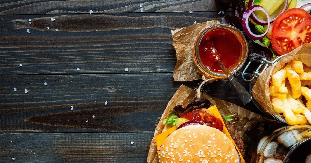 To Download The Original Wallpaper Save It To Your Pinterest Board And Then Download It From Pinterest Fast Food Junk Fo Delicious Burgers Food Wallpaper Food