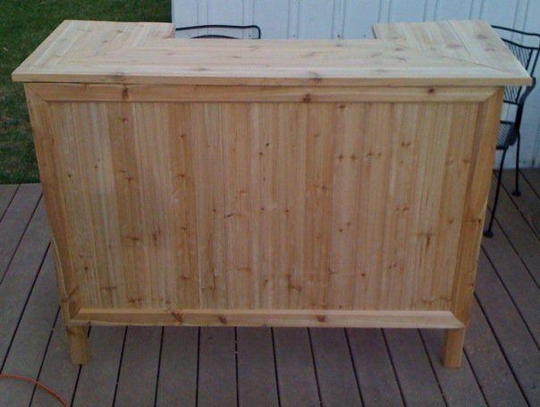 Cedar outdoor tiki bar handmade diy stuff i 39 ve built for Homemade tiki bar pics