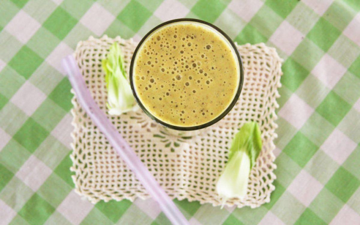 Green Goddess Golden Milk Smoothie [Vegan, Gluten-Free ...