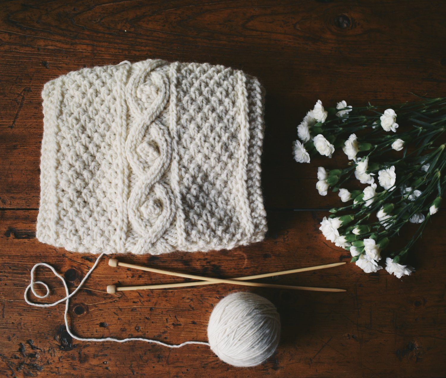 Chunky knitted scarf with cables | desen | Pinterest | Cable ...