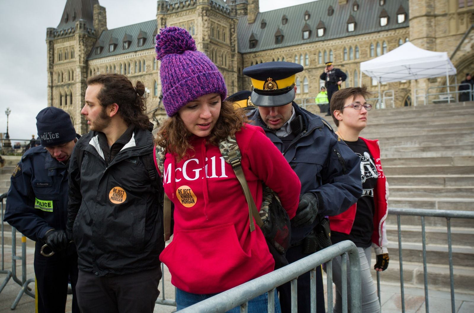 Opinion: Why are Canada's environmental groups going along with weak climate targets? | National Observer
