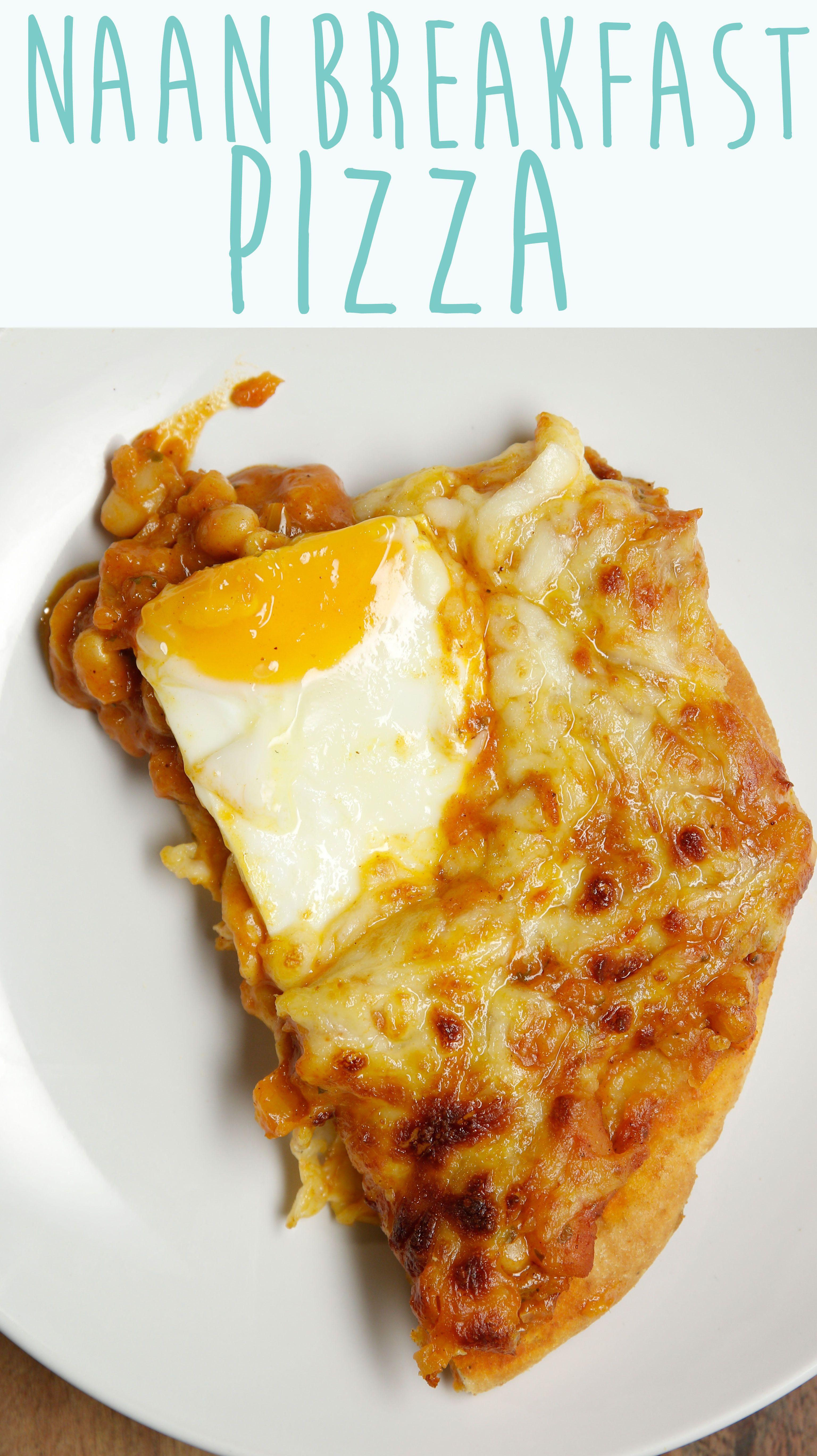 Naan Breakfast Pizza Perfect For Brunch **** 9 van Elroy! heel weinig tot geen massala doen, cheddar en gewone kaas, op het einde lenteuitjes en rucola, misschien wat verse tomaten erbij (voor of na de oven)****