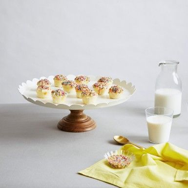 Milestone celebrations call for this White Scallop Cake Stand as the perfect serveware. Serve up cupcakes, appetizers and more #TheLabelLife