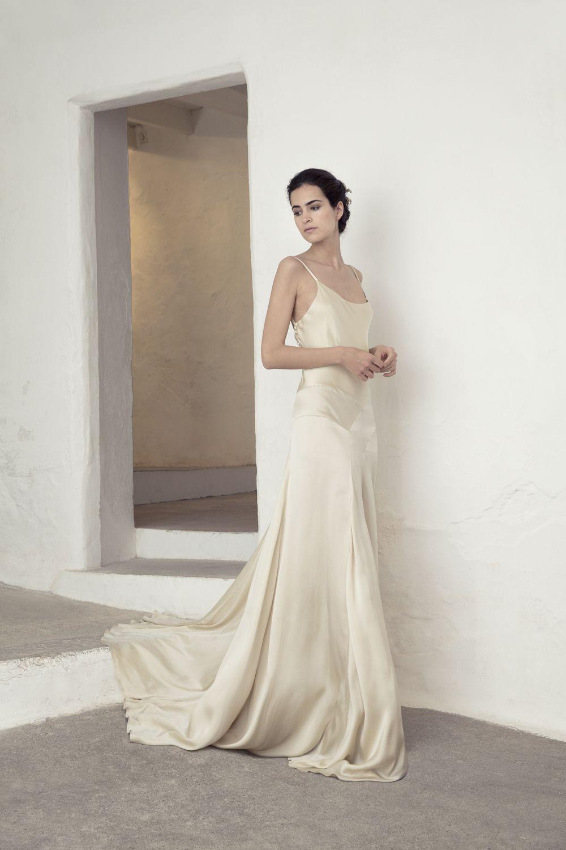 Gala wedding dress | Silk satin dress, Gala dresses and Satin dresses