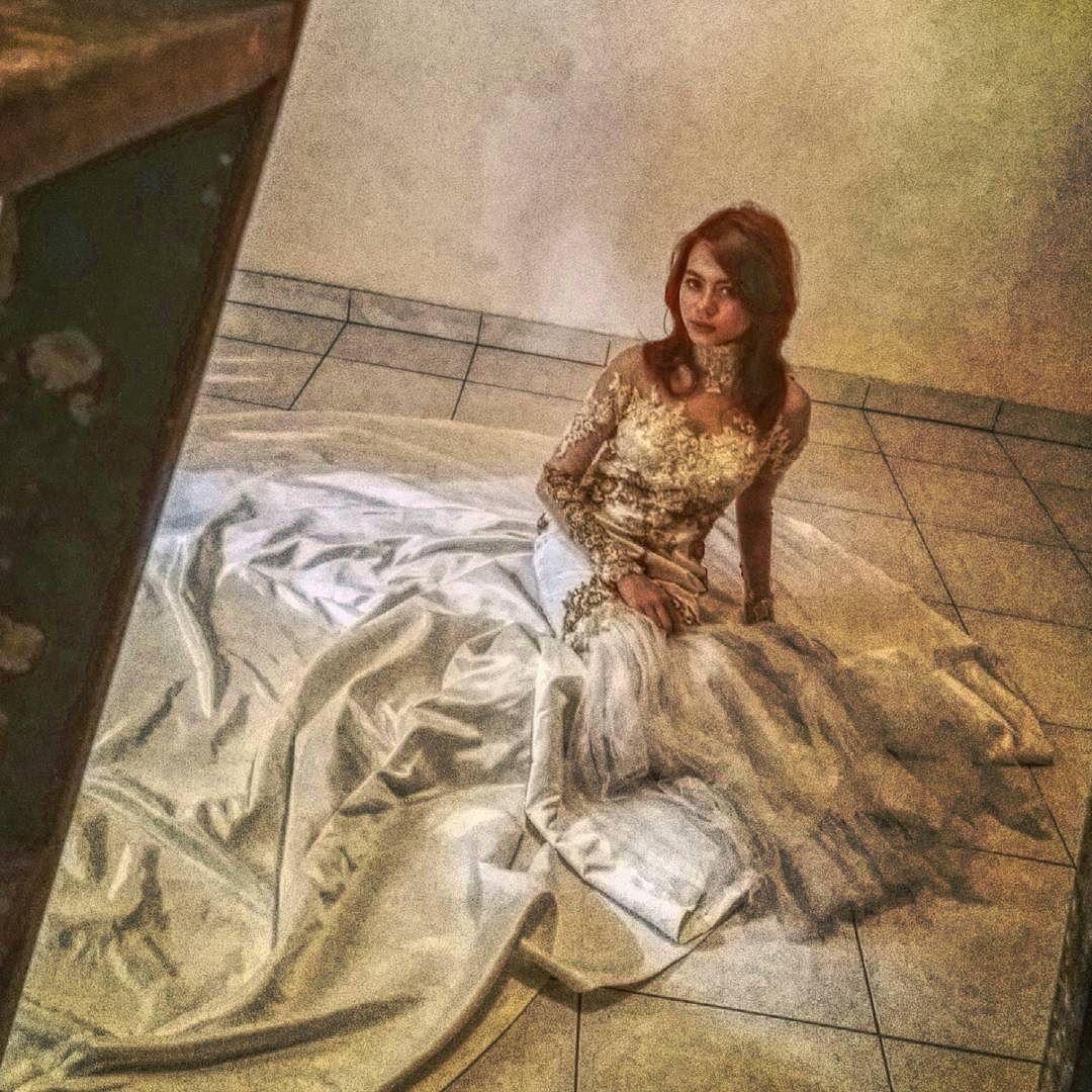 Wedding dress photoshot #wedding#bride#weddingdress#mermaiddress#photoshot#model#instafashion#weddingideas#weddingbrides #Alamango #Bridal #Textiles #Wedding #AlamangoBridal #AlamangoTextiles #Malta #LoveMalta #Bridesmaid #WeddingDress
