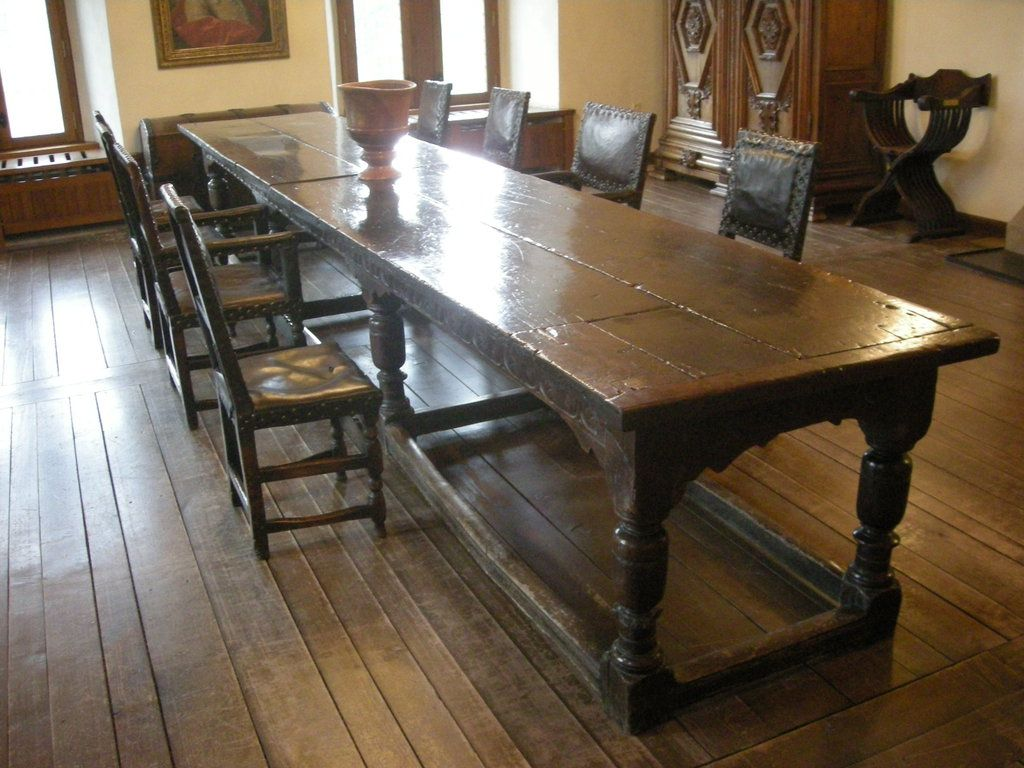Medieval Table. I Will Design My Kitchen Around It!