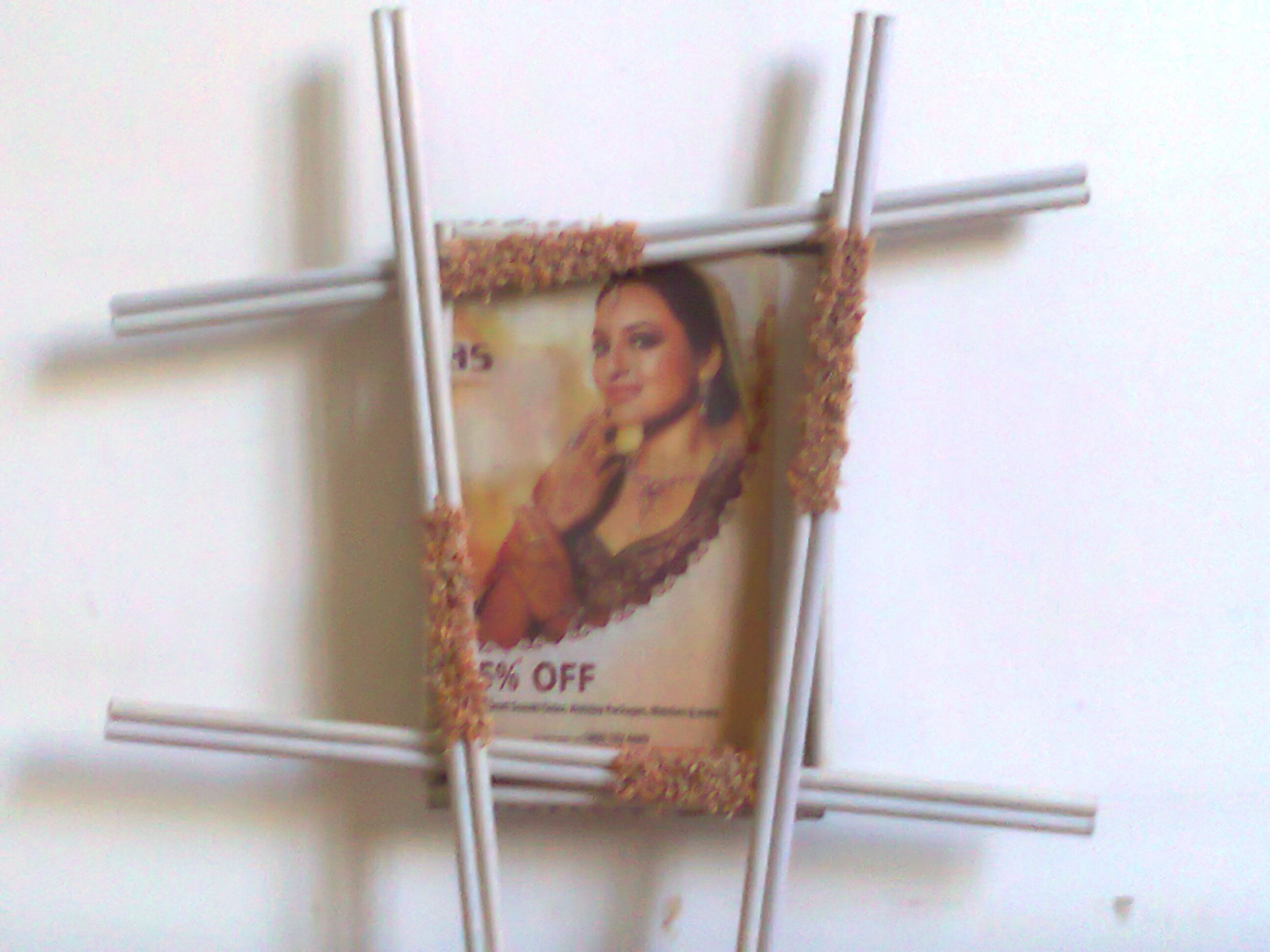 Make best use of waste material photo frame material old for Best use of waste