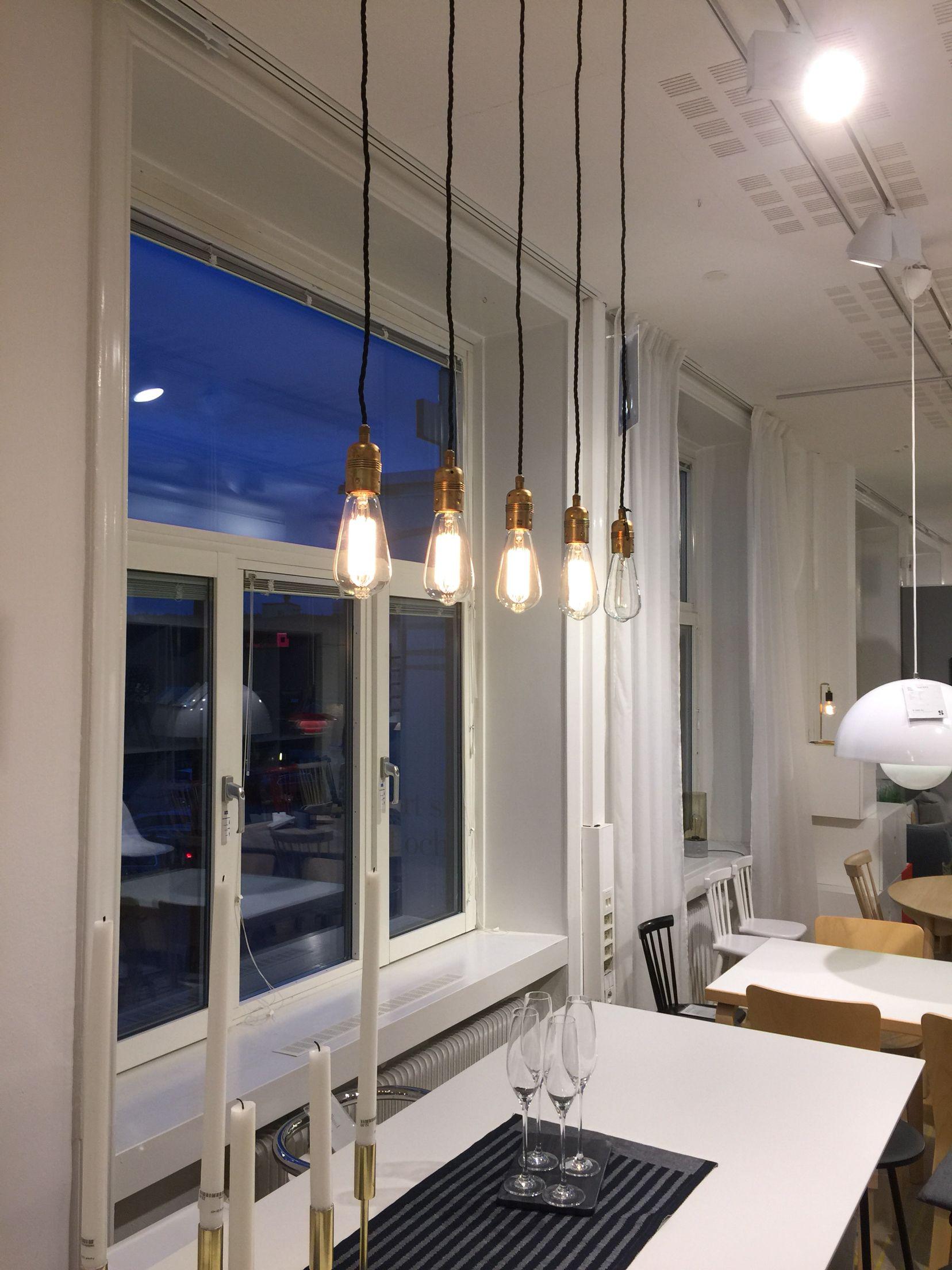 Lamporöver matbord eller bardisk Såg dom på Lammhults i Sickla Vardagsrum Pinterest