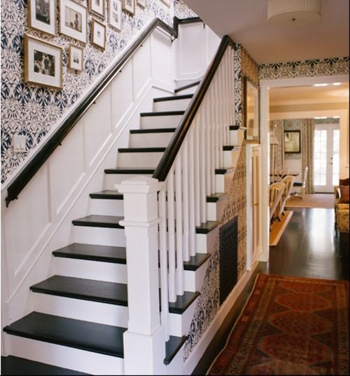 25 Pretty Painted Stairs Ideas: I Want To Do This For Our Upstairs Staircase! Black Steps