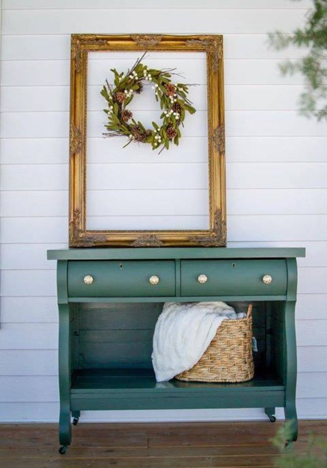 Country Chic Paint Hollow Hill