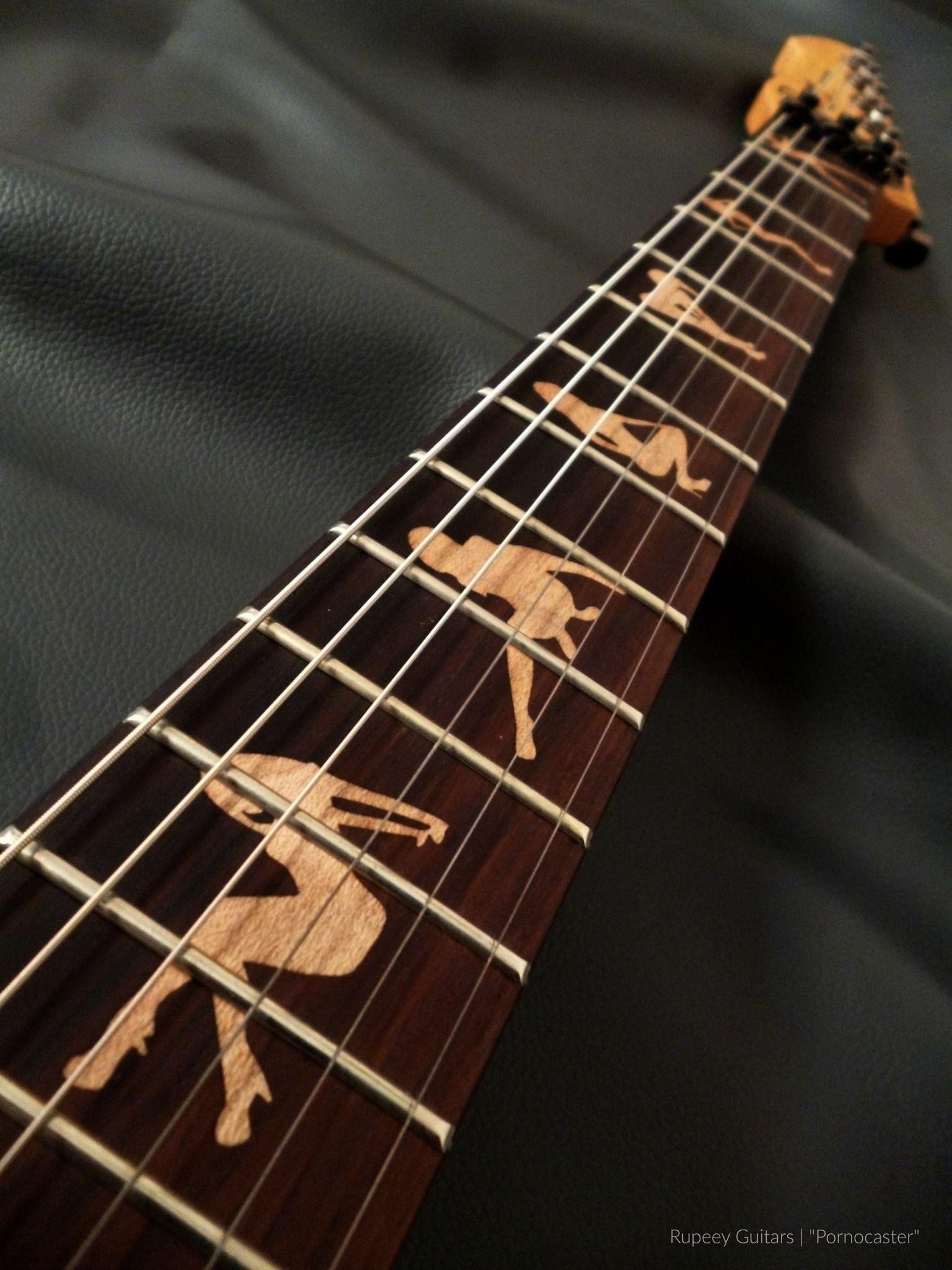 Pin By Daniel Kubitzki On Rupeey Guitar Yogyakarta Indonesia Guitar Painting Guitar Fretboard Bass Music