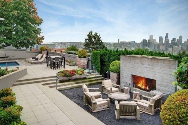 Dachterrasse Gestalten-bereich Mit Kamin-dachpool Mit Sonnenliegen ... Moderne Dachterrasse Unterhaltungsmoglichkeiten