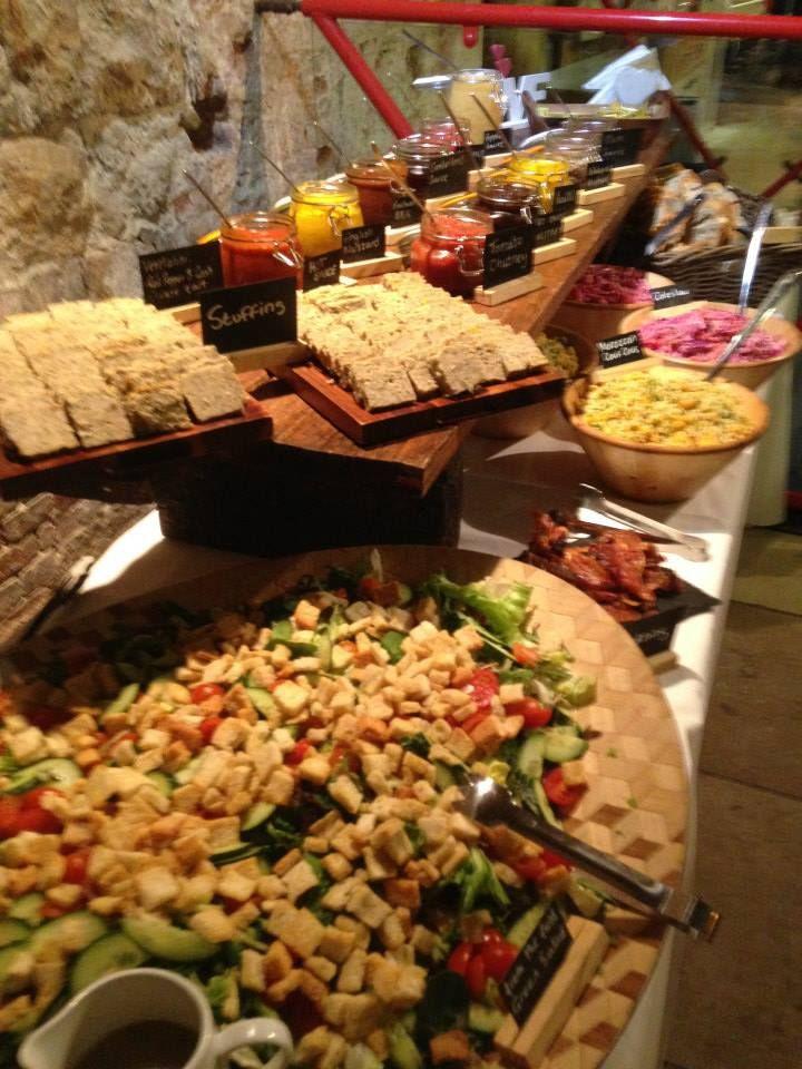 hog roast display with salads food fat hog and big pan rh pinterest com