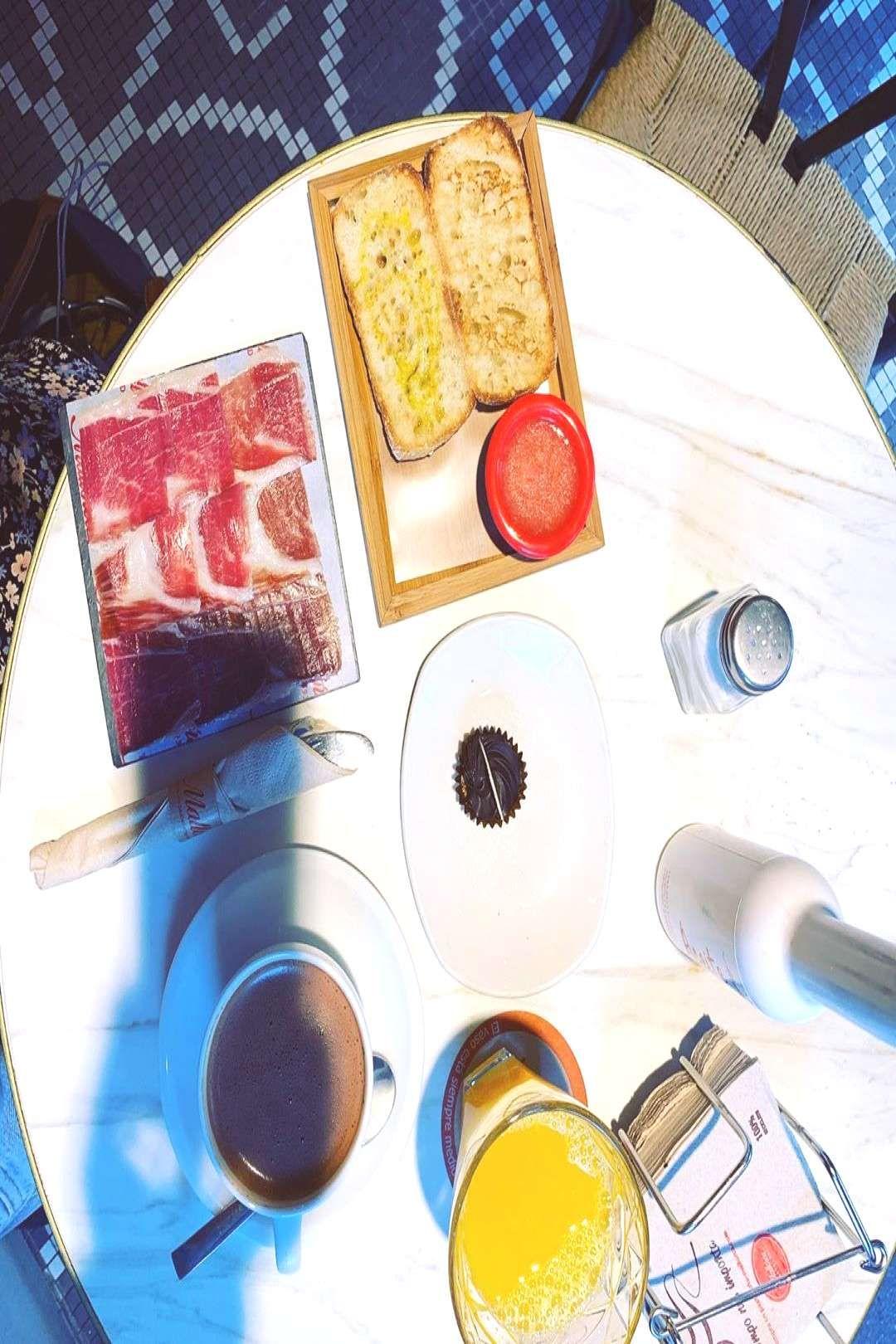 #desayuno #vacacion #february #desayun #antiguo #grande #barrio #212020 #photo #jup #en #mi #de #lo #by Desayuno de vacacion - a lo grande en mi antiguo barrio! #desayunYou can find Chocolate drink and more...
