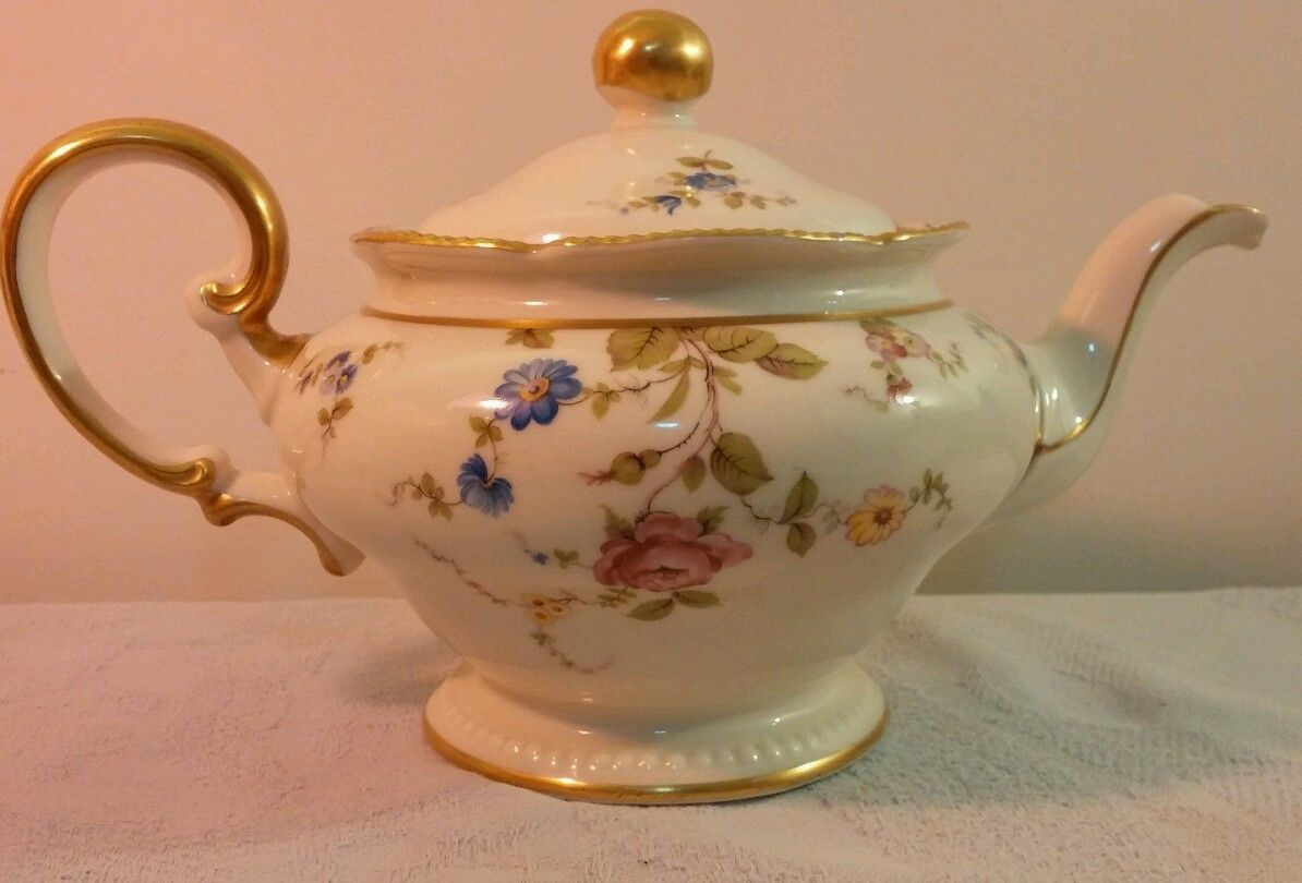 Vintage Castleton China Sunnyvale Multi Floral Pattern Teapot Retired Usa Gold Tea Pots Teapots And Cups Usa Gold