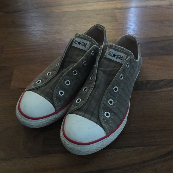 804fd4e30aaf23 Converse no lace slip on Khaki stripe Converse slip on Women s size 6. Worn  just a few times and show vey little wear. Feel free to ask any questions.