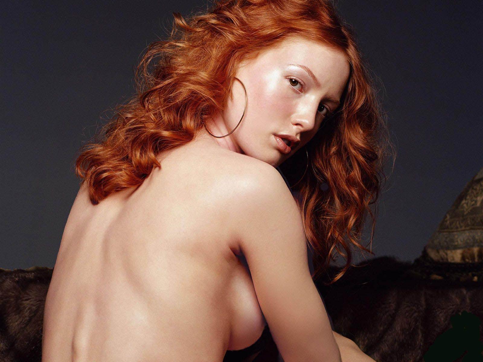red-heads-like-alicia-witt-naked