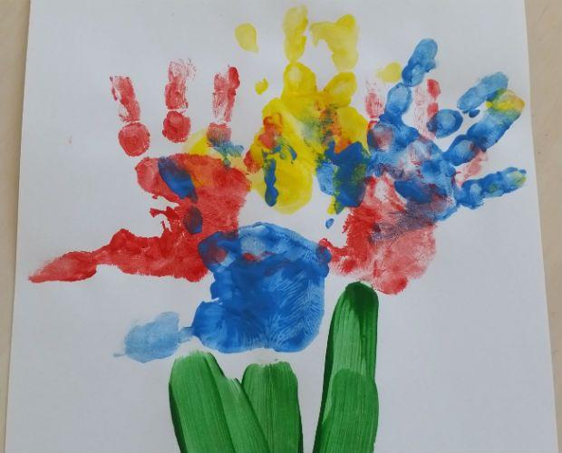Handprint Flower Bouquet | Kids Crafts | Pinterest
