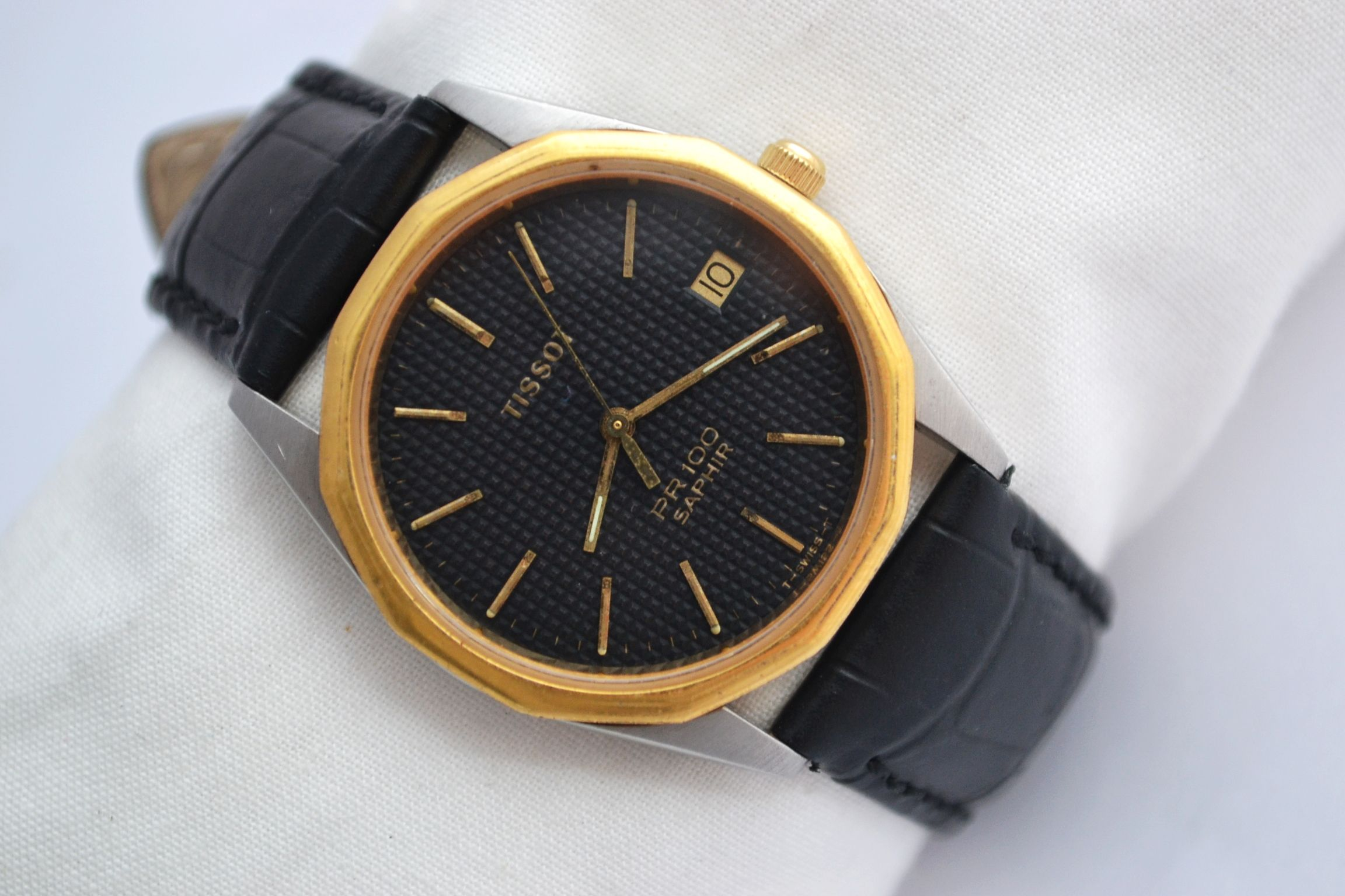 Vintage Tissot PR100 Gold Plated Quartz Mens Watch 216 £179.00