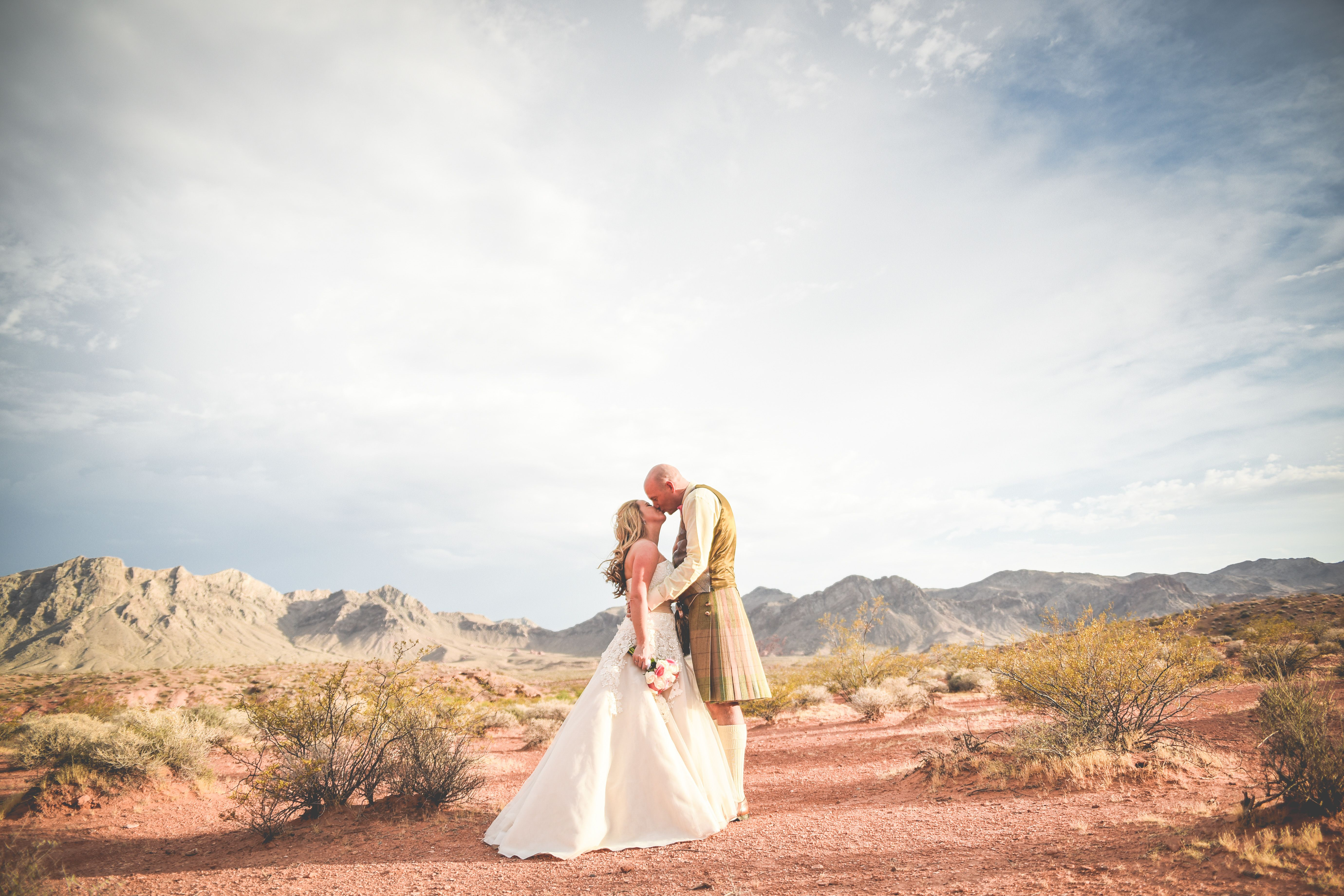 Boho Chic Meets UK Kilt In The Desert Valley Of Fire Wedding Las VegasLas