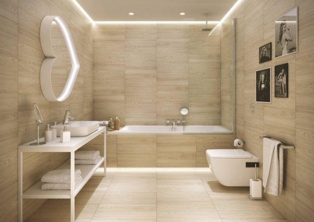 Badideen  Fliesen Holzoptik Helle Farbe Indirekte Beleuchtung Weiss Moebel Sanitaerobjekte