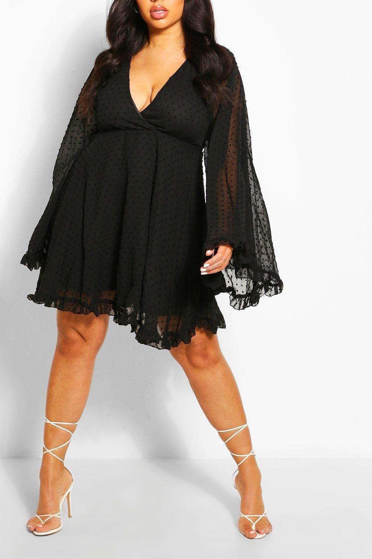 Plus Dobby Chiffon Wide Sleeve Skater Dress Boohoo Black Chiffon Dress Curvy Dress Skater Dress [ 1500 x 1000 Pixel ]