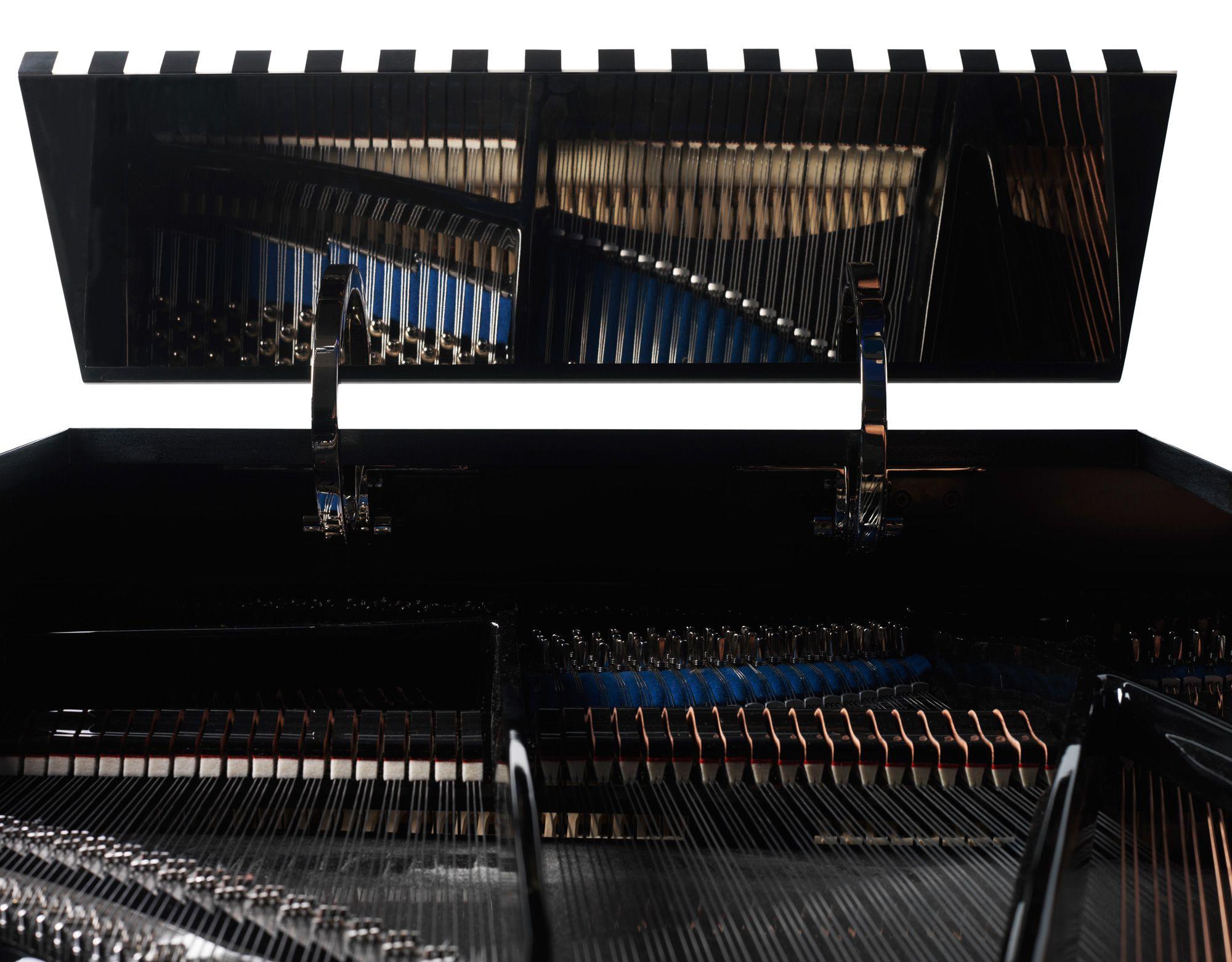 Vue intérieure du piano Pleyel Voie Lactée série limitée design Andrée Putman