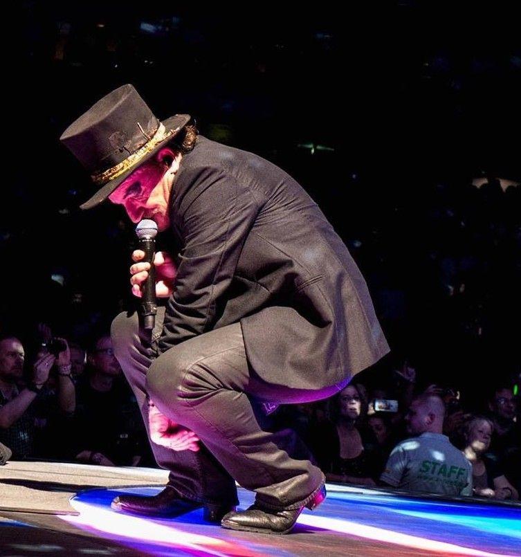 Pin by Amy Lucas on U2 Larry mullen jr, Bono, Cool bands