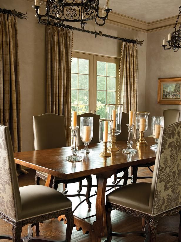 Traditional Dining Rooms From Betty Lou Phillips On Hgtv Like The Different Candles For Centerpi Dining Room Decor Dining Room Small Traditional Dining Rooms