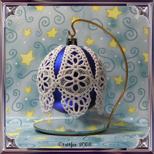 Tatted Christmas ornament cover ~Craftster.org