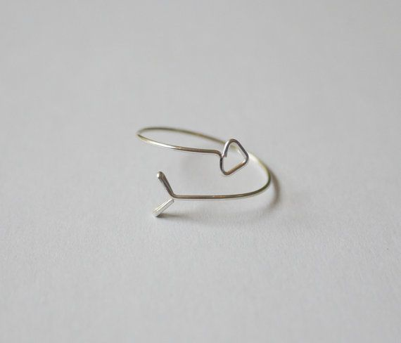Arrow Wire Ring by VenaDiAmore on Etsy | Wire art | Pinterest | Diy ...