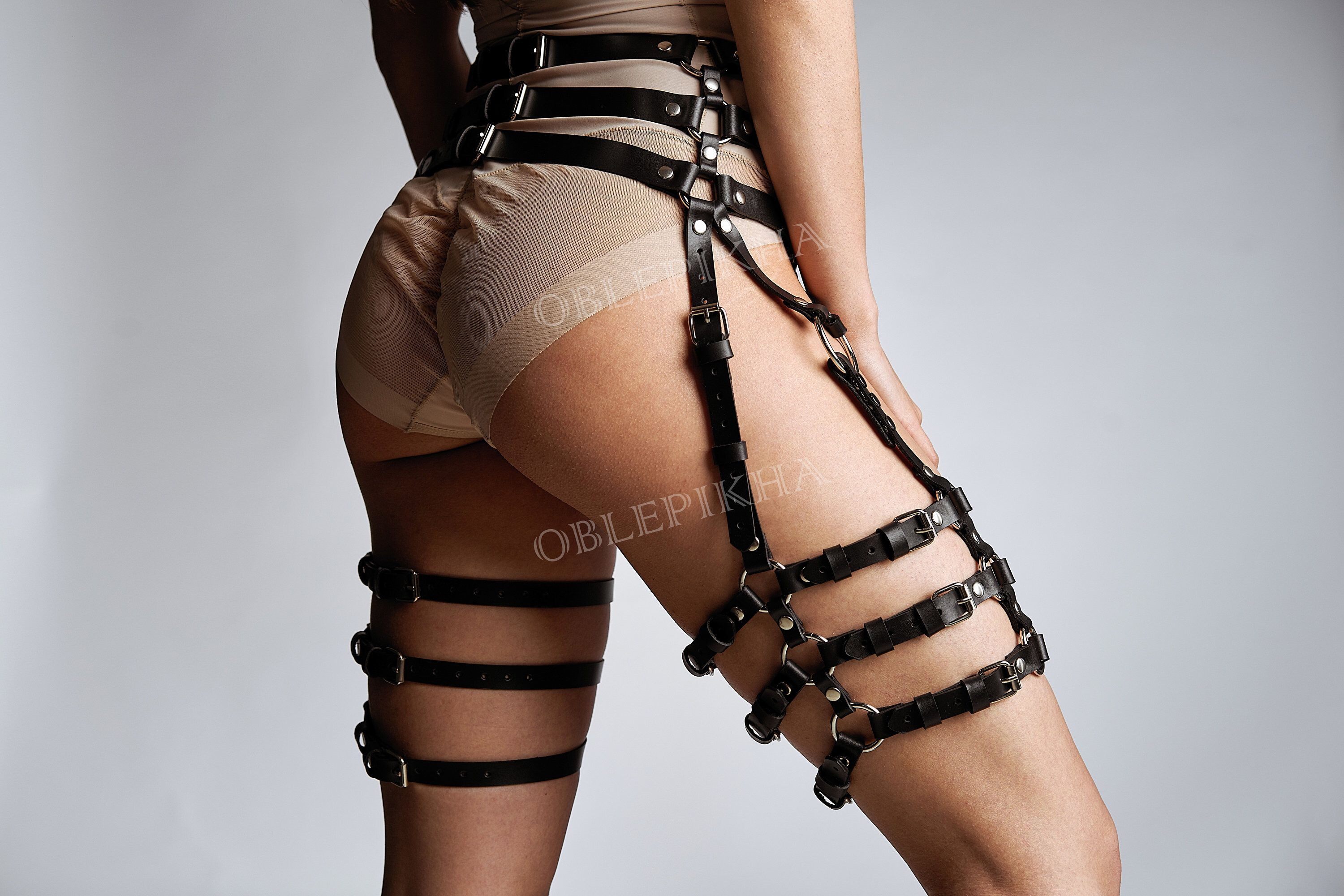 141962715 Leather Garters