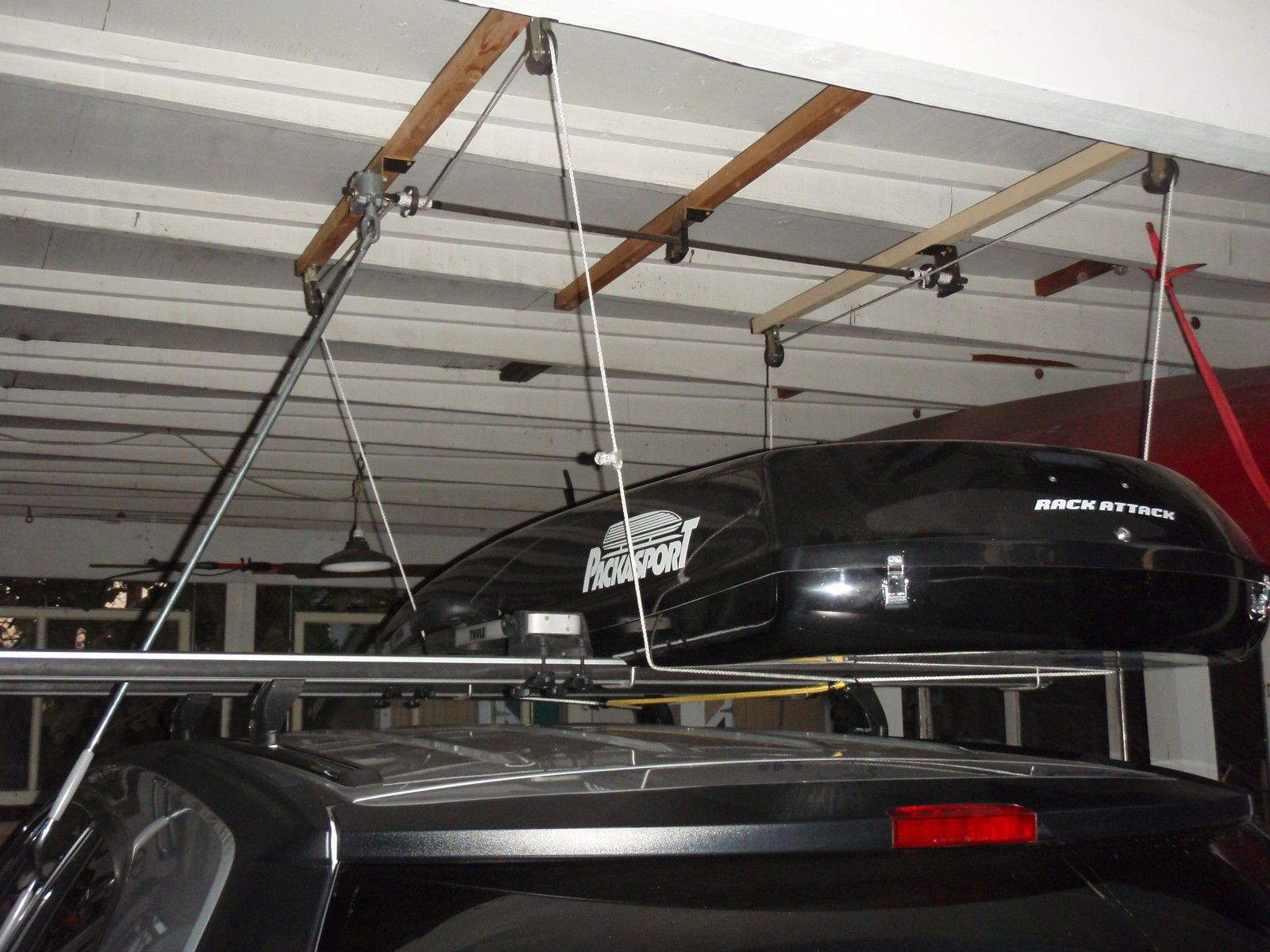 roof box garage hanging - Google Search & roof box garage hanging - Google Search | roof box hanging | Pinterest