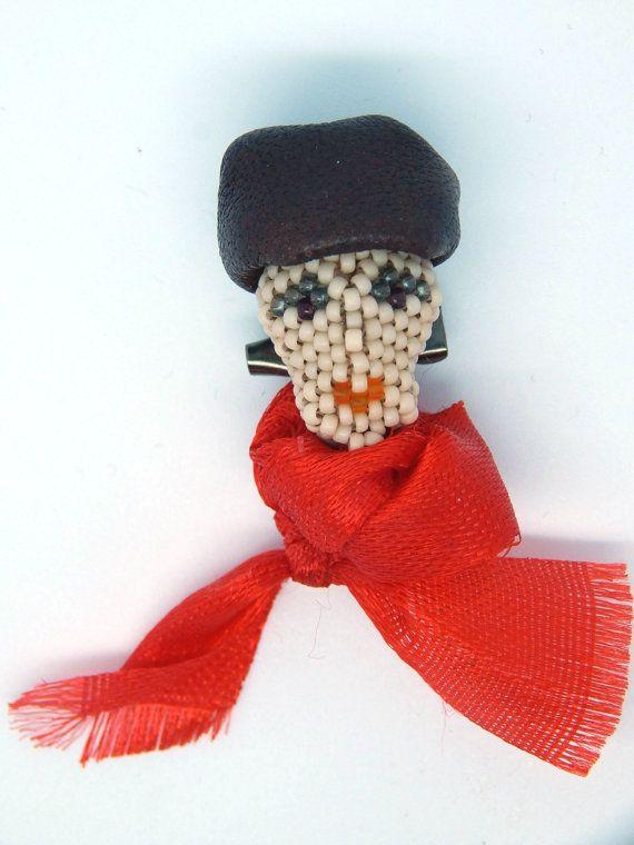 An Artist  small brooch on a safety pin  woman by LaGansaHandiwork