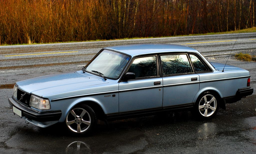 Volvo 240 series = SEX!! Don't ask!