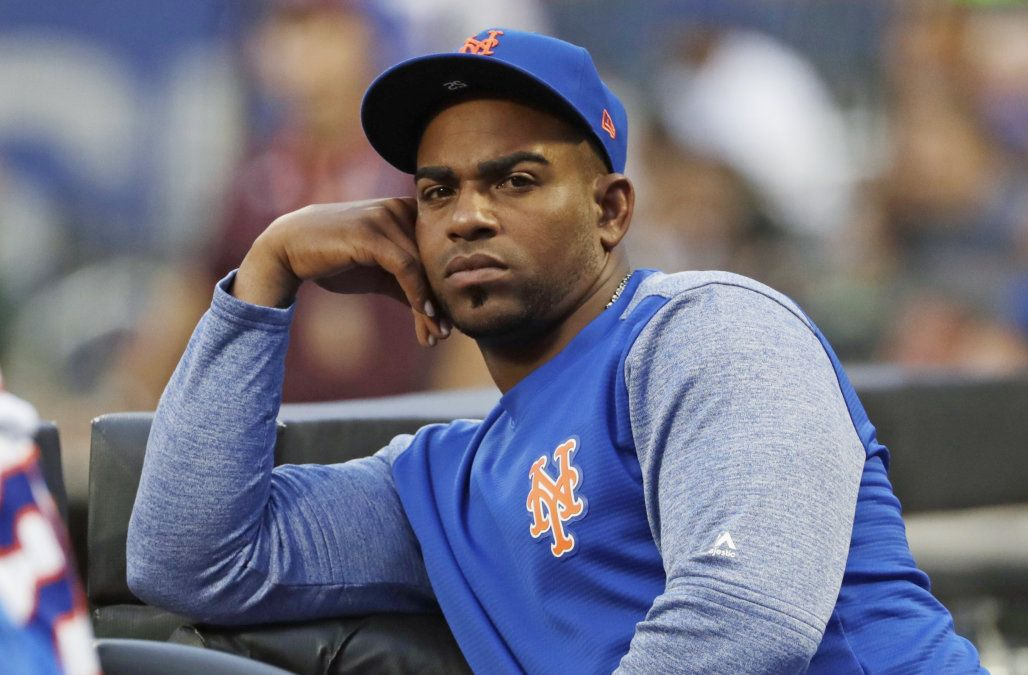 Mets' stunner Yoenis Cespedes fractures ankle in accident