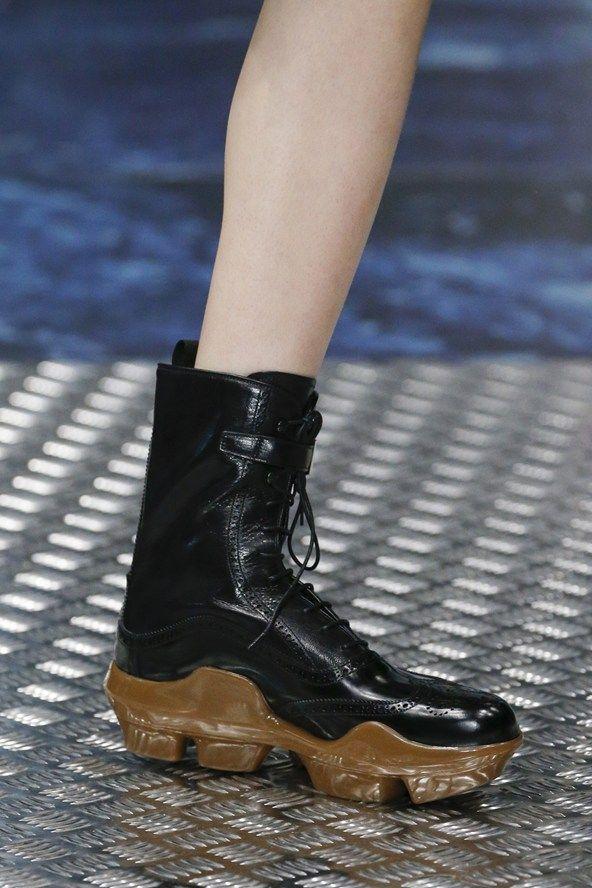 47d3a27e9b6 Prada Autumn/Winter 2015 Menswear   shoes, bags, acc.   Botas