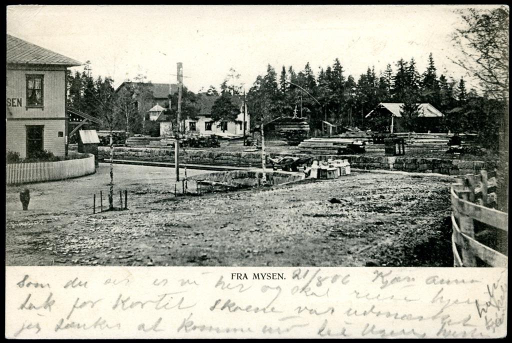 Østfold fylke MYSEN JERNBANESTASJON før 1905  Utg Schønberg, stpl. Mysen 1906