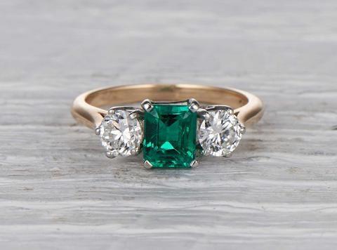 80 Carat Cartier Emerald Three Stone Vintage Ring Ruby