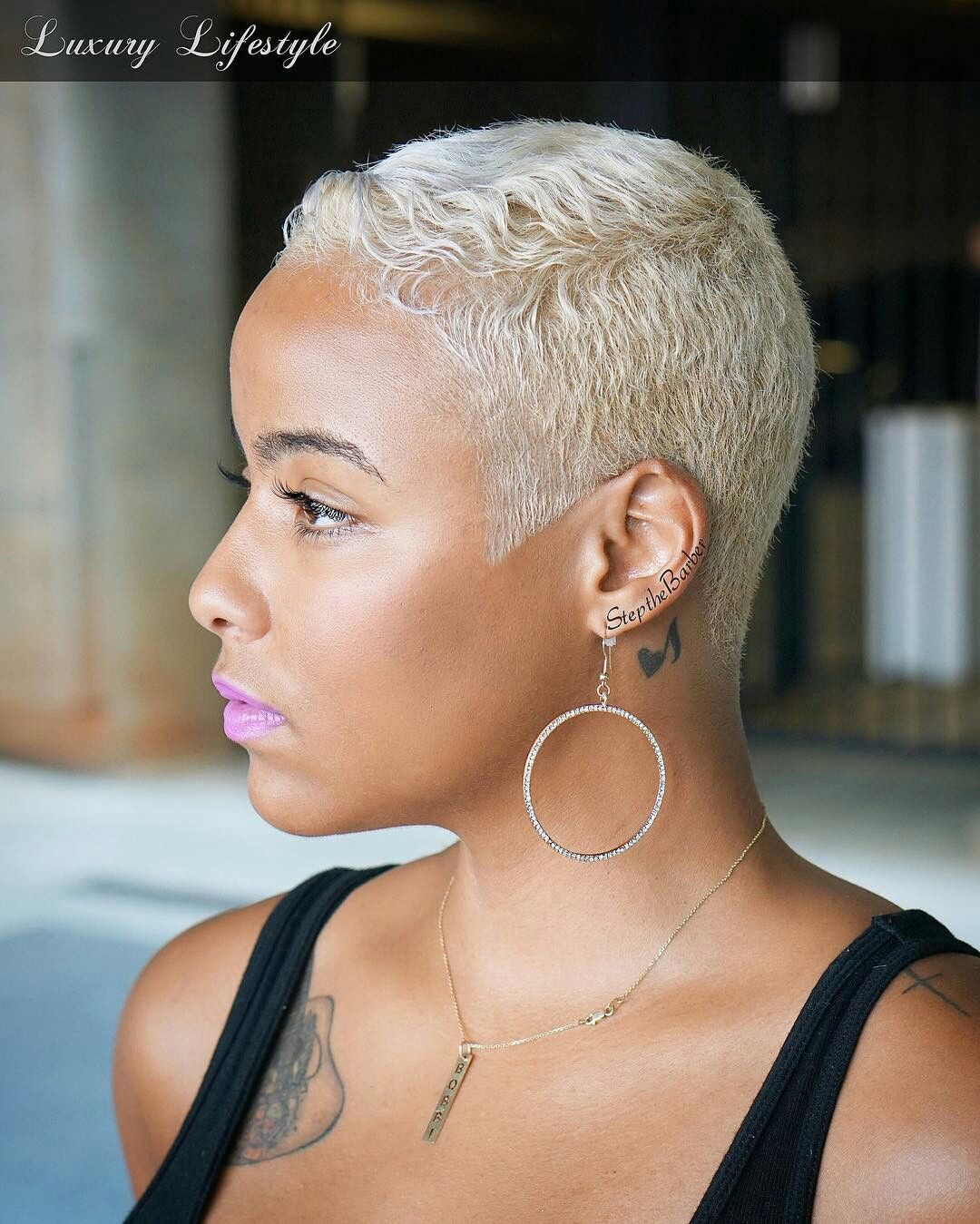 I wish I could pull this off. So beautiful 😩😩😩😩😍😍😍  Short